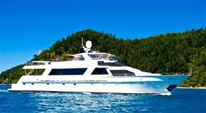 37 South Yacht Charter