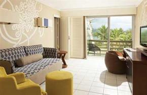 Holiday_Inn_Vanuatu_King_Suite