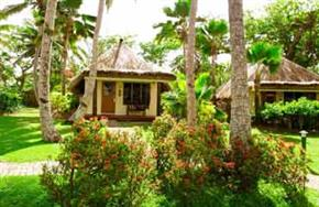 Outrigger_Fiji_Beach_Resort_Ocean_Breeze_Bure_(Bungalow)
