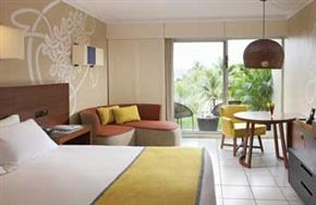 Holiday_Inn_Vanuatu_Garden_View_King