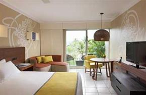 Holiday_Inn_Vanuatu_Resort_View_King