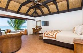 Premium_Beachfront_Suite