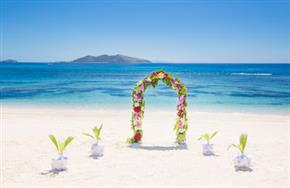 Mana Island Resort Weddings 450px