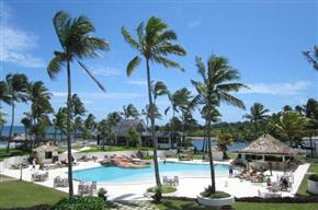 The Pearl Resort & Spa Fiji pool 550x365